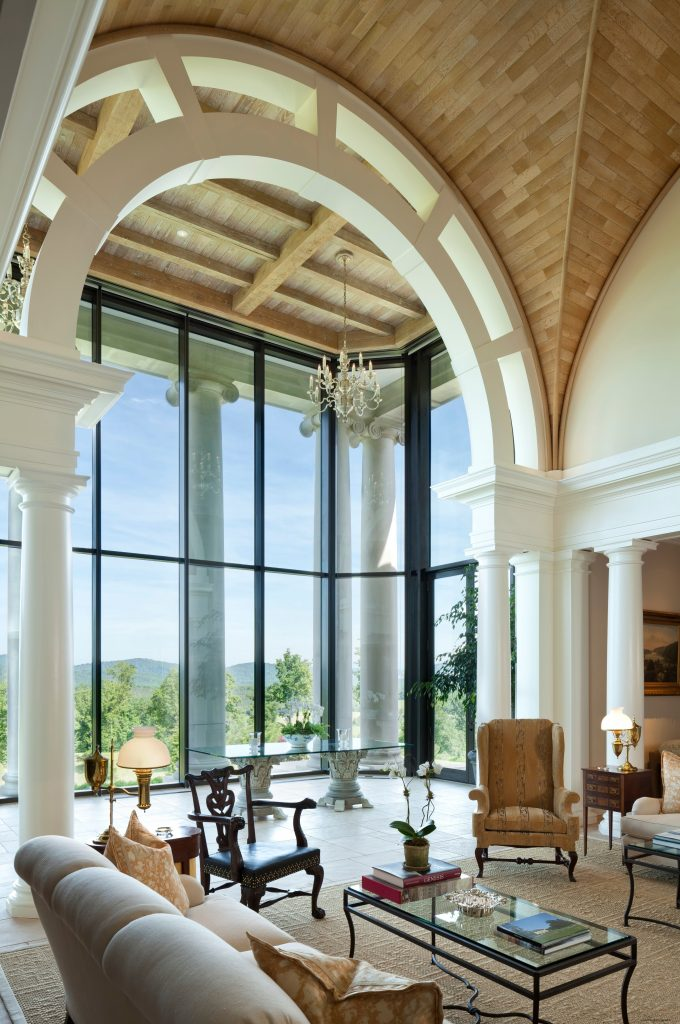 A thermally broken steel curtain wall from Brombal conveys the splendor of this estate