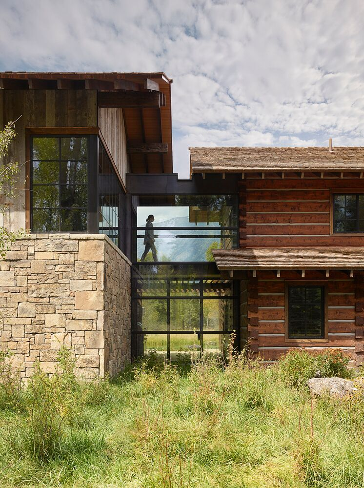 A rustic retreat with Brombal's OS2 thermally broken steel windows