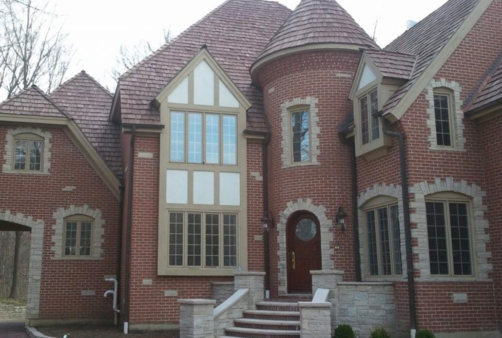 Custom aluminum push out casement windows accentuates this stately home in Chicago