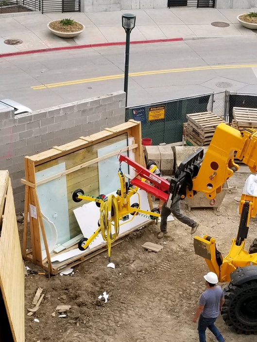 Our installation techs utilize a WPG Vacuum Lift to make even the largest pieces of glass slide in and out with ease.